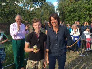 Tom wins the Golden Apple!