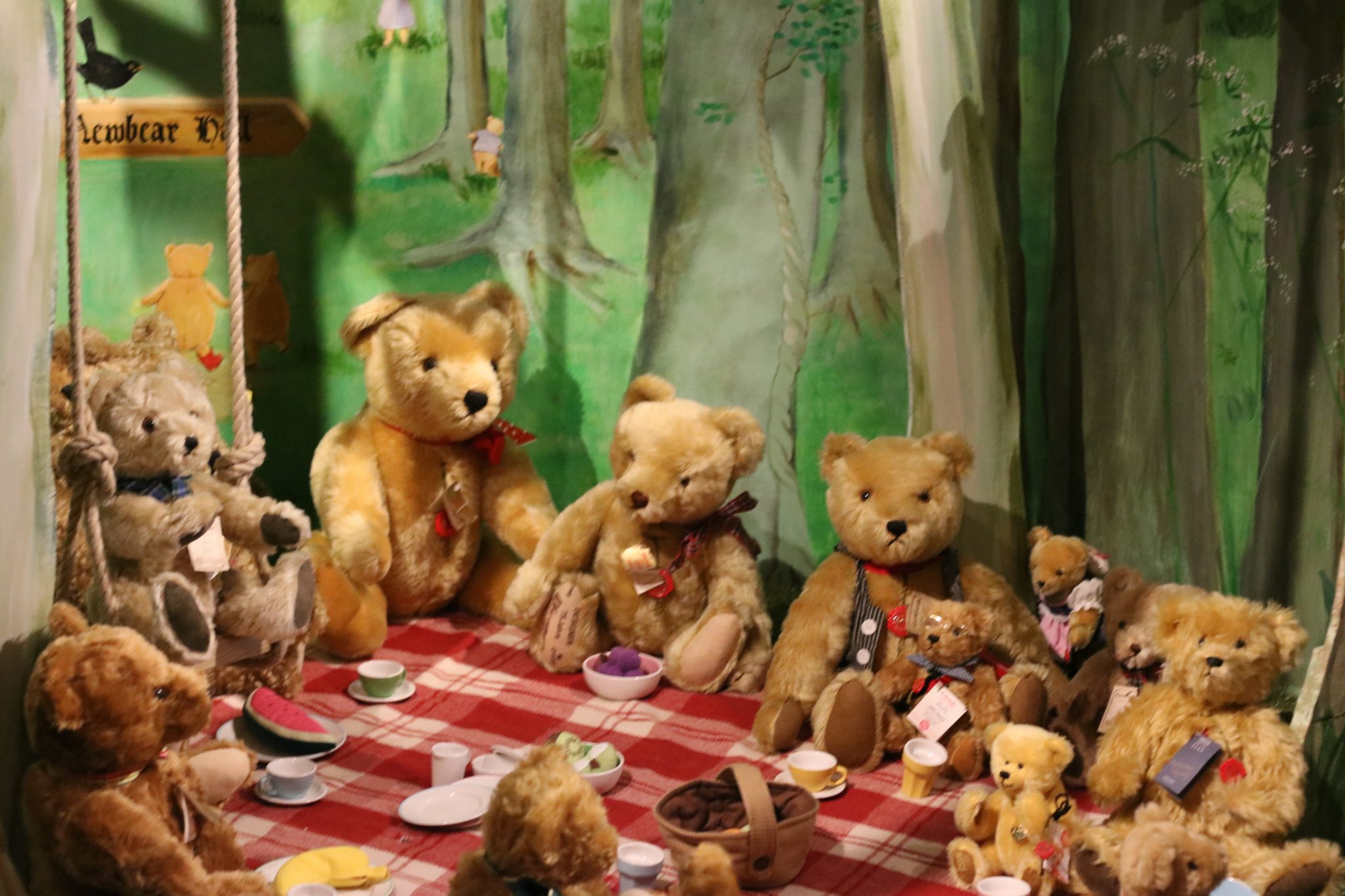 teddy bears picnic Lyrics to 'teddy bear's picnic' by anne murray if you go down to the woods today / you're sure of a big surprise / if you go down to the woods today / you'd.